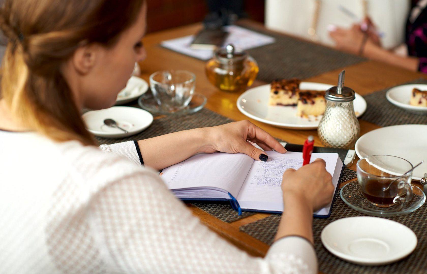 Бизнес-Завтрак «Современные технологии построения эффективных коммуникаций: Продажи, Сервис, Маркетинг и Реклама. Введение». 16 мая.